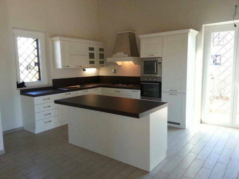 Isola Cucina Piano Di Lavoro.Le Nostre Realizzazioni Con Arredo3 Galleria Design 360 Roma
