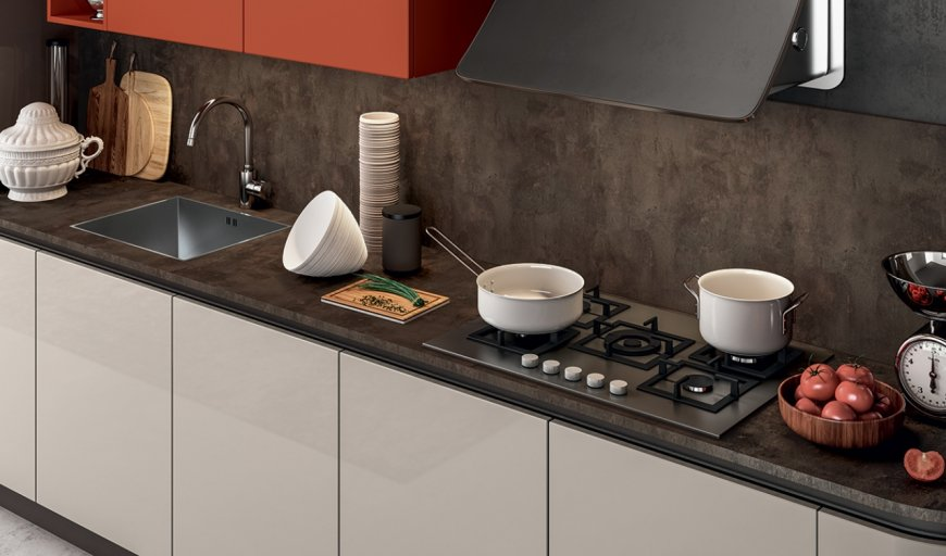 Materiali in cucina: laccato laminato o impiallacciato? differenze