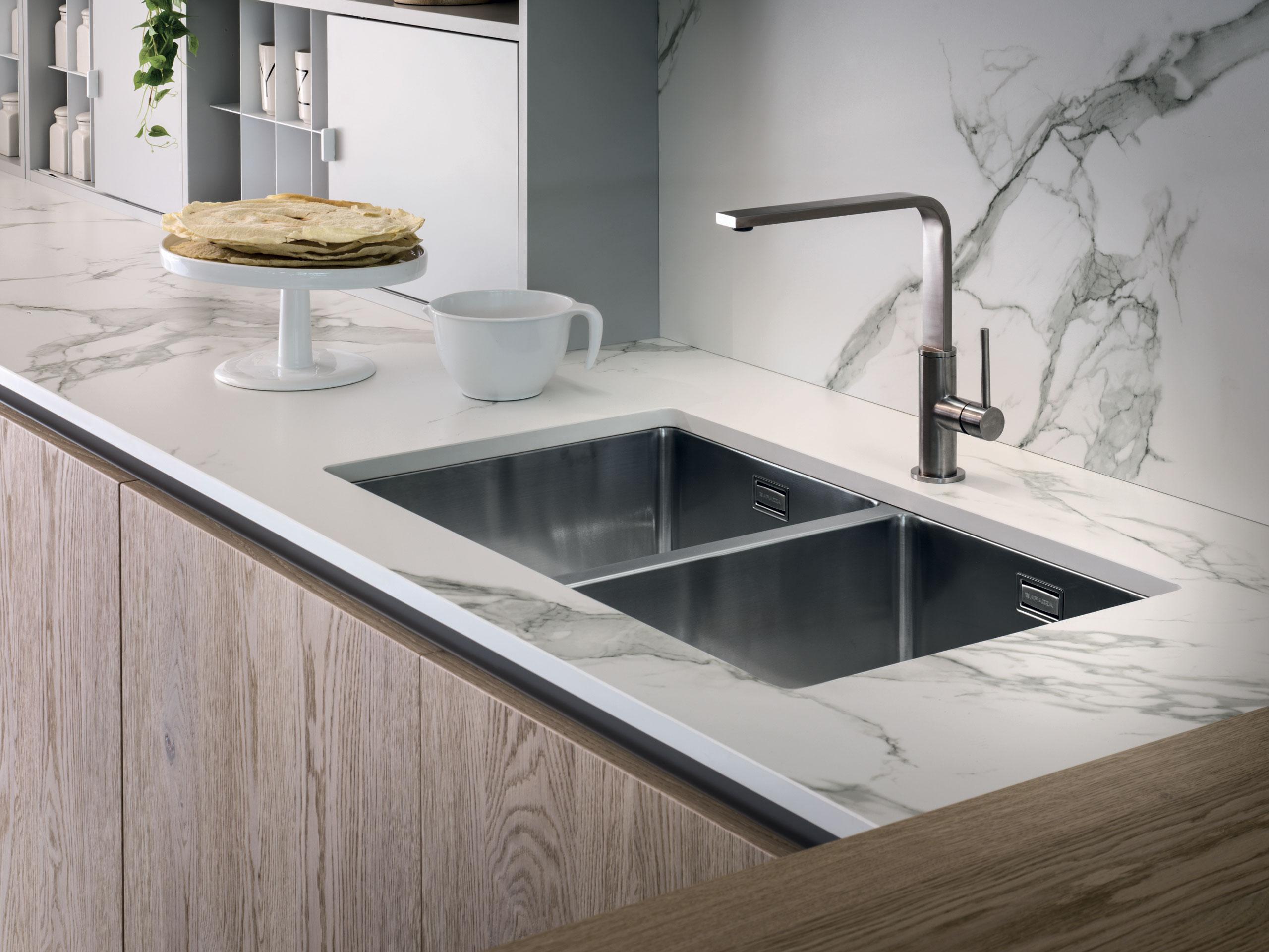 I migliori materiali per rivestire il piano cucina - Blog ...